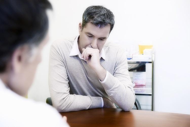 Когда необходима операция при аденоме простаты