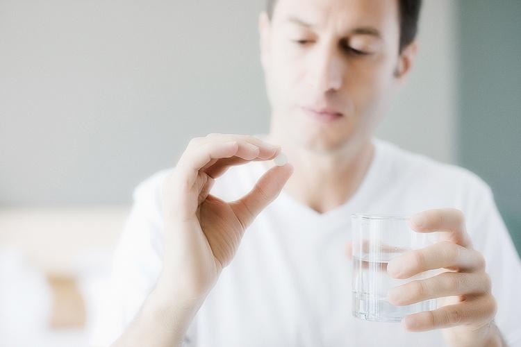 Недорогие и эффективные свечи от простатита у мужчин: список названий и отзывы о лечении